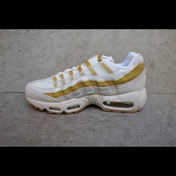 buy popular 79d5b 724c7 Nike Shoes | Air Max 95 Womens Desert Sandgold | Poshmark